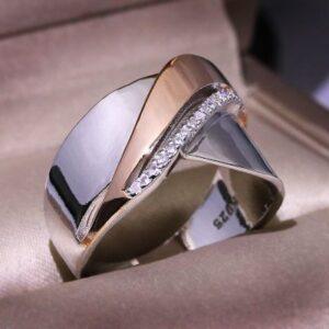 טבעת כסף 925 יוקרתי ומיוחד לאישה