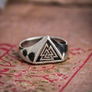 טבעת וייקינג סטיינלס סטיל דגם 0302