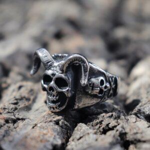 טבעת גוגולת סטיינלס סטיל דגם 0315